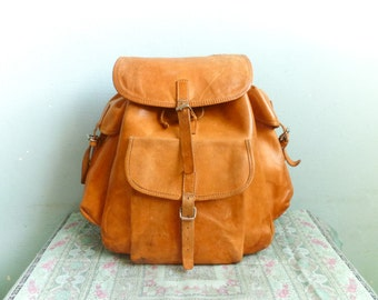 Vintage large backpack rucksack / weekend travel weekender bag / thick leather distressed / spacious big / 1980s 80s