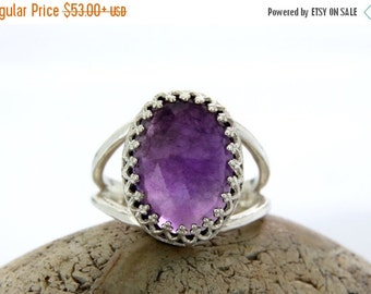 SUMMER SALE - Vintage Amethyst ring,silver ring,oval ring,prong setting ring,promise ring,birthstone ring,February birthstone