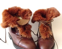 80s BOTICELLI  Lace Up Leather Booties with Fur Trim /1980s Leather Ankle Boots with Lining /Size 7 US