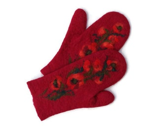 Felted mittens Merino wool Red shades