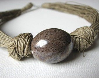 Ceramic Beige - linen necklace