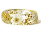 Bracelet -Real Dried Yellow Flower and Resin Bangle-White Flower Bracelet-White Jewelry -White Resin Jewelry-White Flower Jewelry