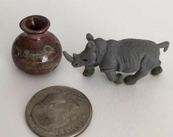 The Tiny Rhino Miniature Porcelain Vase Set