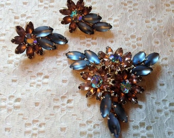 Vintage Earrings Ice Blue Rhinestone w/Lavender Brooch Pin Demi Set