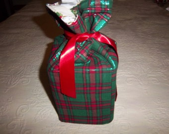 Red and Green Plaid Christmas Tissue Box Cover