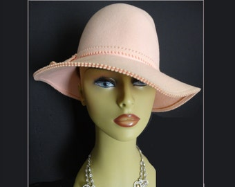 1950s Hat  . Light Peach  . Ornamented Hat Band .  Detailed Brim .  Fatale Couture Mad Men Garden Party Rockabilly