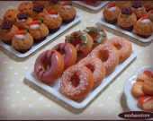 Donuts miniature dollhouse food for 1:12 scale roombox scenery, bakery or patisserie