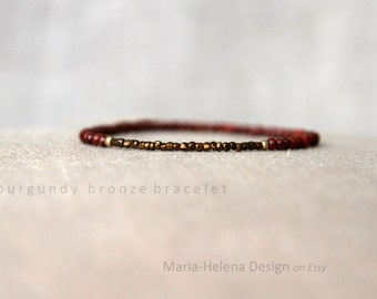 burgundy bronze bracelet for men - very small bead bracelet with wood and bronze-colored  beads