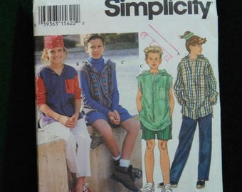 boys and girls pants shorts and hooded top sewing pattern simplicity 9067