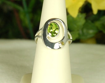 Peridot Ring, Size 6, Bright Green, Sparkling Clarity, 2 Stone Peridot, Sterling Silver, August Birthstone, Natural Peridot, Green Peridot