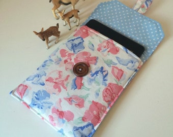 Kindle Paperwhite cover, vintage Laura Ashley