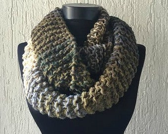 Ombre Infinity Scarf - Knitted Scarf - Women's Accessory - Color Block - Loop Scarf - Fall Fashion - Chunky Circle Scarf - Infinity Cowl
