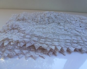 Vintage Table Covering White Lace Table Covering or Large Doily 26 Inches Square