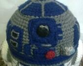 Detailed r2d2 crochet robot