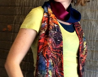 Horse - Catch the Wind    - Silky faille scarf  or sash  -  women's fashion  -  from original batik -