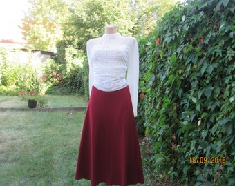Long Skirt / Skirt Vintage / A Line Skirt / Burgandy  Long Skirt / Size EUR42/ 44 / UK14 / 16