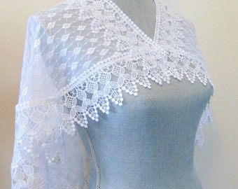 White Bridal Lace Capelet, Lace Cloak, White Lace Cape, Wedding Capelet, Bride Capelet, Bridal Cover up, White Capelet WHITE QUEEN