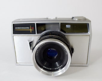 Vintage Ricoh Anscomark M Camera from the 1960's
