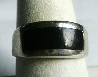Vintage Sterling Silver Onyx Ring-Size 8