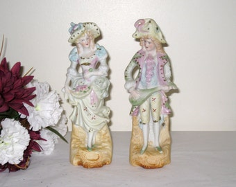 Vintage Lipper Mann Bisque Colonial Man and Woman Figurines In Beautiful Condition