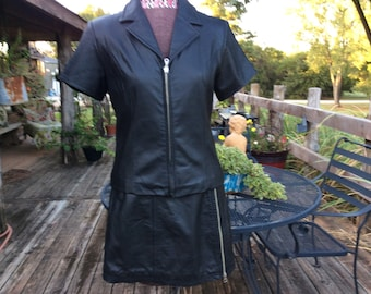 Vintage Wilsons Leather Maxima women 8 black leather skirt/jacket set