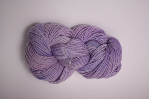 Worsted Yarn  Single Ply sp Hand dyed Merino Wsp12001 Hydrangea