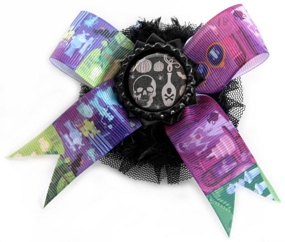 Haunted Mansion Rosette with a Single Layer Black Satin Rosette, Print Bow, and Vintage Inspired Skull Poison Curio on a bed of Black Tulle