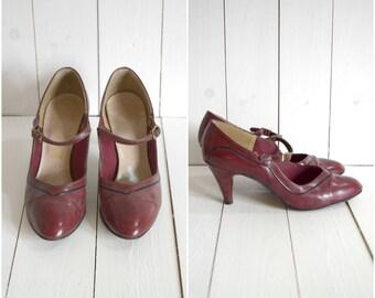 Vintage 1940's purple mary jane heels // size 6