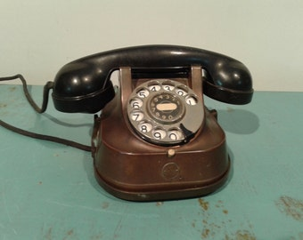 Vintage  Telephone  RTT 56 A  copper,  brass  handle  made in Belgium, rotary dial, desk phone, 50s,