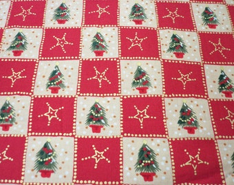 """Christmas Trees Fabric 1"""" Squares Beige and Red Lots of Metallic Gold  By The Fat Quarter BTFQ New"""