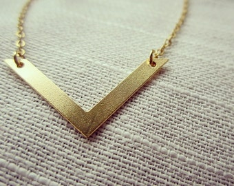 Simple Geometric Chevron Gold Necklace