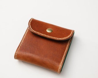 Horween green lined small capacity wallet, hand sewn, made in usa, colorful, jacobson leather