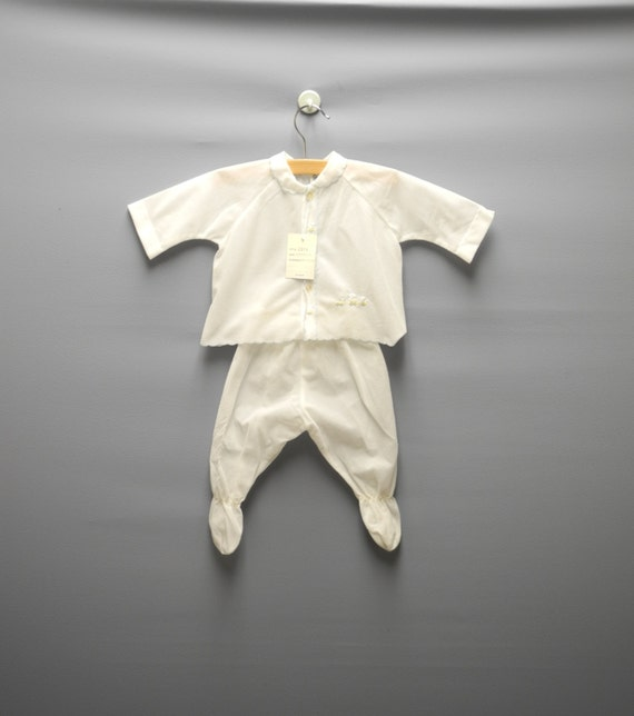 Vintage Baby Clothes, 1960's White Custom Made Baby Pajama Set, Vintage Baby Pajamas, White Baby Pajamas, New Mom Gift, Size 3-6 Months
