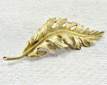Vintage Fall Leaf Brooch Pin, Designer CORO Brooch, Autumn Gold Leaf Brooch, 1950s 1960s Vintage Fall Wedding Bridal Jewelry, Something Old