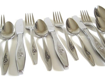 Oneidacraft Stainless Deluxe Flatware Set Lasting Rose Service for 4 Oneida Silverware Set