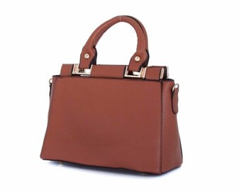 Leather Handbag, Small Purse in Vegan Leather Brown - the Isla small - sale with coupon code TRACBAG30OFF345