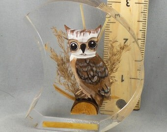Great Horned Owl Wood Carving in Resin Plaque Paper weight 70s Decor Knick Knack