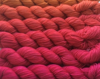 Gradient yarn set - merino wool, handdyed yarn 300g- hand painted dyed  sock shawl ombre -From pumpkin to magenta.