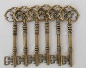 50 Large Metal Skeleton Keys / Crafting Keys / Vintage Wedding Metal Skeleton Keys / Wedding Escort Keys / Key Supplies / Vintage Style Keys
