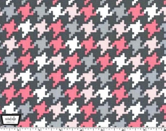 Everyday Houndstooth - Girl Pink and Gray from Michael Miller