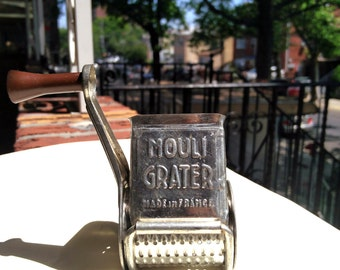 Vintage Mouli metal rotary grater - Made In France