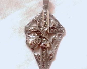 Vintage Sterling 925 , Easter Cross , Pendant , Lilies