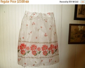 Valentine SALE Vintage Holiday Hostess Apron , Never Used , 1960's, New Old Stock
