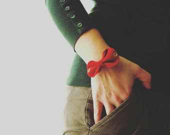 Leather bow bracelet, Red bow bracelet, Leather bow cuff, Red leather jewelry, Red leather cuff, Leather accessories