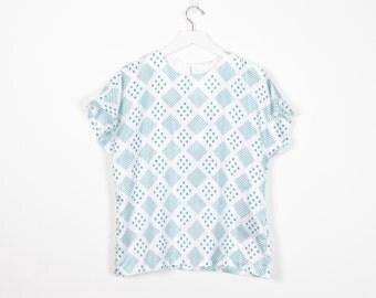 Vintage 80s Blouse White Teal Green Geometric Print New Wave Tshirt 1980s Blouse Draped Hipster T Shirt Mod Lightweight Top M Medium L