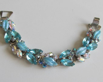 Vintage Aqua Blue/Teal Rhinestone, AB and Molded Glass Bookchain Bracelet - STUNNING