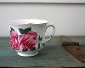 Queen Anne Roses Teacup, Vintage Teacup, Collectible