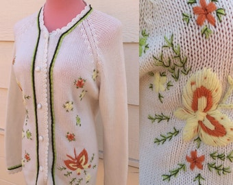 Handmade cream and olive green embroidered cream floral 60s cardigan size XL