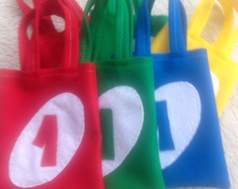 UNO PARTY/ Felt Party bags/  Set of 6 funny bags/ boys and girls/ party supplies
