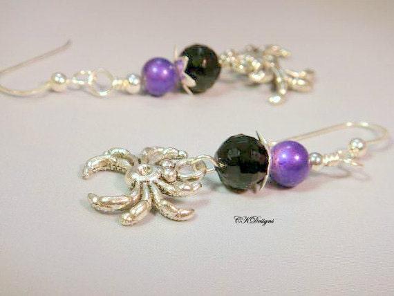 Halloween Spider Earrings, Black and Purple Spider Beaded Dangle Pierce Or Non Pierced Earrings. Handmade, CKDesigns.US